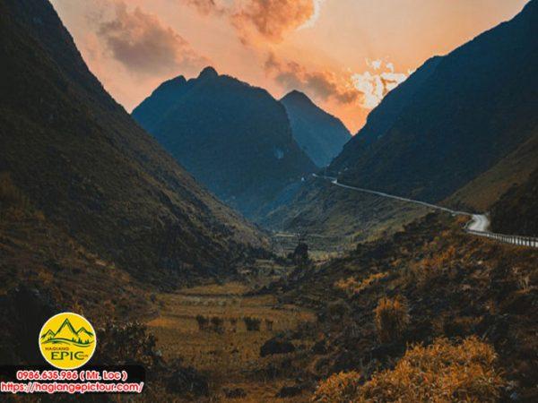 Tour Hà Giang Đi Xe Máy 2 Ngày 1 Đêm